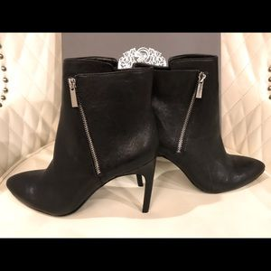 NEW Vince Camuto Black Ankle Boots